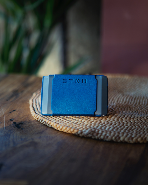 Stow Wallet Review